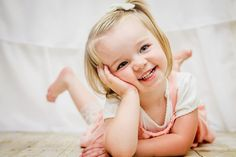 2 year old pictures. Toddler Girl Pictures, Baby Pictures, Baby Photos, Maternity Pictures, Toddler Girl Photography, Children Photography, Photography Ideas, Toddler Poses, Toddler Art