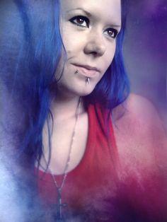 Manic panic Shocking blue piercings