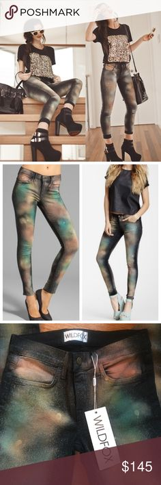 """NWT Wildfox Marianne Celestial Jeans Brand new amazing Wildfox Skinnies. I've never worn them and it's time to let them go. Rise is 9"""", leg opening 10"""", true size 26, they have a slight stretch. No trades and please reasonable offers. Wildfox Couture Jeans Skinny"""