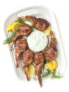 15 minute meal? Oh yes! Try these Grilled Lamb Chops with Greek yogurt tzatziki sauce from The Lemon Bowl!
