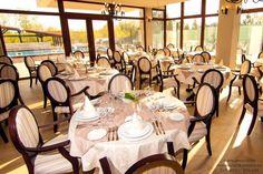 Scaune rezistente si confortabile pentru restaurant Table Settings, Restaurant, Table Top Decorations, Restaurants, Place Settings, Supper Club, Dining Room, Desk Layout