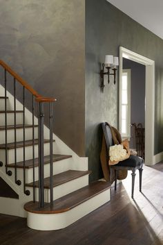 Capture the layered beauty of timeworn surfaces with Polished Patina specialty finish from Ralph Lauren Paint. Color pictured: Historic Jasper