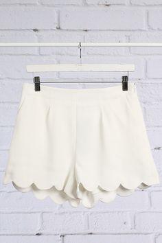 Scallop Edge Shorts-White