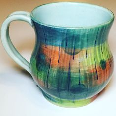 New work experimenting with underglazes on this mug. I was truly inspired by #mitchlyons work and the interview from @pdblais  Loved the interview! #pottery #pottersofinstagram #potterylove #ceramics #ceramica #keramik #handmadepottery #coffeelover #mug #potterymug #porcelain #coffeemug #keramika #ceramicstudio #ceramicartist #artdesign #interiordesign #homedecor #wheelthrown #wheelthrownpottery #contemporaryceramics #ceramicacontemporanea #artebrasileira