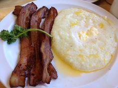Buttery grits & bacon. Mmmmm.