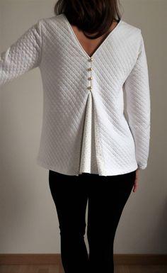 Blouse Nélia _ Madys (molleton et pli creux) Tunic Tops, Long Sleeve, Sleeves, Sweaters, Blog, Visible, Women, Fashion, Needlework
