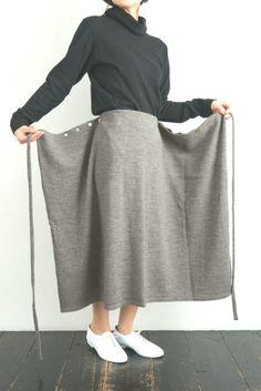 Funky Fashion, Diy Fashion, Fashion Outfits, Japanese Outfits, Korean Outfits, Hijab Stile, Long Skirt Outfits, Bohemian Mode, Muslim Fashion
