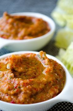 Tangy and garlicy roasted red pepper baba ghanoush makes a wonderful light snack. Serve it with fresh and crispy lettuce leaves.| giverecipe.com | #babaghanoush