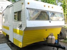 Vintage Shasta Loflyte Travel Trailer 15ft with Wings! $3000