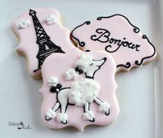 Parisian Poodle Cookie Set Paris Cookies Wedding by Bakinginheels Pink Cookies, Iced Cookies, Cute Cookies, Royal Icing Cookies, Sugar Cookies, Paris Party, Paris Birthday Parties, Spa Birthday, Cake Birthday