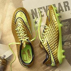 #nikesocceraddict #nike #neymar #hypervenom @nikefootball @neymarjr