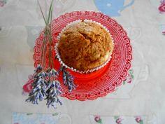 apple and lavender vegan muffins, madalenas de manzana y lavanda veganas. sugar free sin azucar