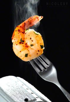 Adding steam to food for photography <3