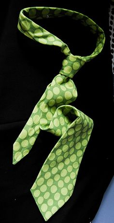 Best tie pattern out there. Free PDF. Lots of time to make a few for Father's Day or those birthdays that sneak up on you throughout the year.