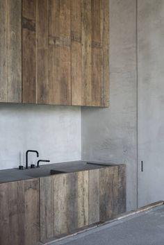 COCOON contemporary kitchen design inspiration http://bycocoon.com | interior design | inox stainless steel kitchen taps | kitchen design | project design & renovations | RVS design keukenkranen | Dutch Designer Brand COCOON | Design by Vincent van Duysen