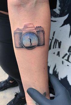 100 Awesome Tattoos by Amazing Artist Eva Krbdk Tattoos/Piercings Tatuajes Tattoos, Arm Tattoos, Body Art Tattoos, Sleeve Tattoos, Tattos, Little Tattoos, Mini Tattoos, Small Tattoos, Photographer Tattoo