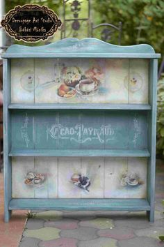 New shabby chic art studio ideas Ideas Shabby Chic Shelves, Shabby Chic Art, Shabby Chic Interiors, Shabby Chic Homes, Shabby Chic Furniture, Shabby Vintage, Decoupage Furniture, Decoupage Art, Decoupage Vintage