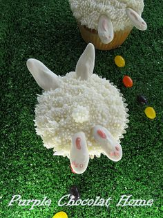 Purple Chocolat Home: Bunnies in the Grass Cupcakes ~ so cute, and pretty easy, too!