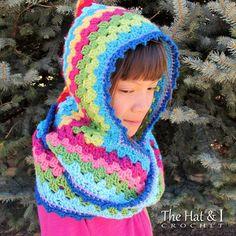 Ravelry: Harlequin Hoodie pattern by Marken of The Hat & I - FREE pattern Mode Crochet, Crochet Diy, Crochet For Kids, Crochet Crafts, Crochet Projects, Crochet Hooded Cowl, Crochet Shawl, Crochet Hoodie, Crochet Granny