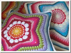 Crochet Star Pillows...so cute! My mom would really like these.