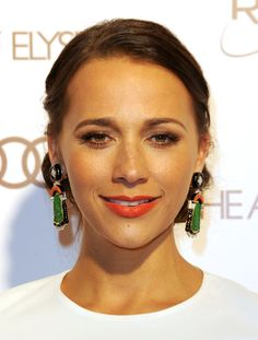 Rashida Jones Dangle Decorative Earrings
