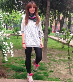 #ItalianBlogger #ElisaBellino indossa la felpa #LollyStar #welovefashion