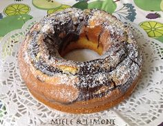ciambellone latte e cacao Crochet Cake, Latte, Chiffon Cake, Yummy Cakes, Bagel, Sweet Recipes, Food To Make, Easy Meals, Food And Drink