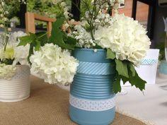 Centre de table dans boîte décorée et fleurie BABY DAY