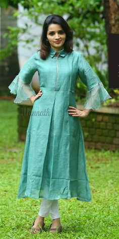 Trending D esigner Long Kurti Designs - Kurti Blouse Salwar Designs, Simple Kurti Designs, Kurta Designs Women, Kurti Designs Party Wear, Latest Kurti Designs, Long Kurta Designs, Kurti Patterns Latest, Long Kurti Patterns, Kurti Sleeves Design