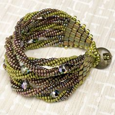 Do the twist (Download Now) from Bead and Button newsletter
