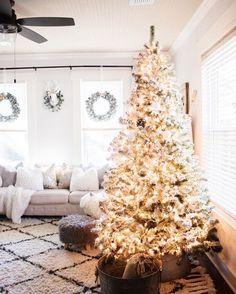 How to flock your Christmas Tree on At Home @KristynCole