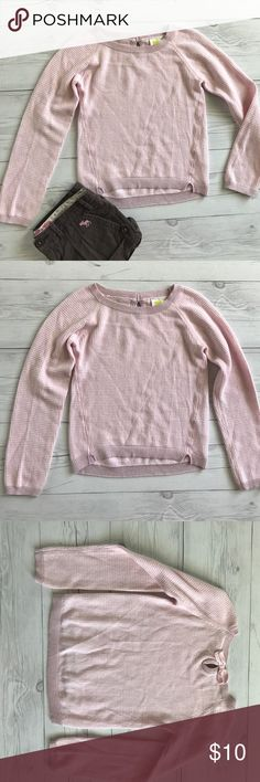 Pink top Light weight pale pink top by Crazy 8. Has bow in the back. Excellent condition no rips or stains size 7-8. I have lots of children's clothing check out my closet! Crazy 8 Shirts & Tops