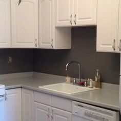 Get redirected here Dyi Bathroom Ideas Painting Countertops, Laminate Countertops, Kitchen Redo, Kitchen Cabinets, Kitchen Ideas, Restroom Remodel, Small Bathroom, Bathroom Ideas, Home Renovation