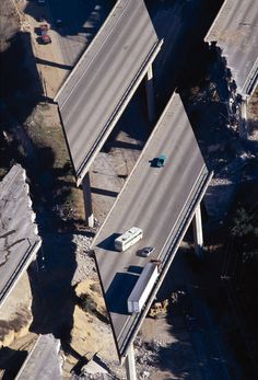 """On Shaky Ground"": Living Through the 1994 Northridge Earthquake"