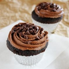 Chocolate Cupcakes with Chocolate Buttercream are delicious, rich chocolate cupcakes topped with a chocolate buttercream and miniature chocolate chips; in other words a chocolate lovers dream come true. Baking Cupcakes, Yummy Cupcakes, Cupcake Recipes, Baking Recipes, Cupcake Cakes, Dessert Recipes, Cup Cakes, Heart Cupcakes, Cupcake Art