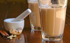 La recette du thé indien que l'on consomme volontiers dans le nord de l'Inde, n'est pas sans ressemblance avec le thé du Tibet. Il est toutefois moins choquant pour nos papilles occidentales et très agréable quand on y prend goût. #thé #indienne