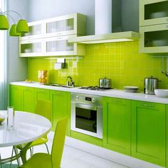 15x15 TC736 Ikon Lime Green Gloss - 150mmx150mm
