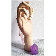 Pendulum Pink Cuartz Necklace. #pemdulum #pendulumnecklace #pinkcuartz #cuartz  #fugabarcelona #necklace #boho #dailystyle #style #jewelry #bcn #barcelona