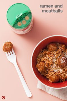 Got 10 minutes? Make dinner. Spaghetti and meatballs cooks right in your microwave when you start with a package of dried ramen noodles and frozen meatballs.