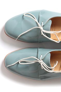 seafoam patent oxfords. .. just enough. out of the box FUN.