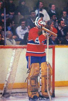 Ken Dryden Ice Hockey Teams, Hockey Goalie, Hockey Players, Montreal Canadiens, Nhl, Ken Dryden, Hockey Memes, Goalie Mask, Nfl Fans