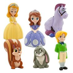 Available at Maziply :This Sofia the First Bath Set comes in it's own carrying case. Bath time is sure to be a Royal occasion with all your favorite characters from Enchancia. This set comes with your favorite princess in training Sofia and five of her best friends.