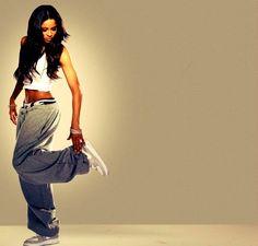 kix n baggy clothes.. <3