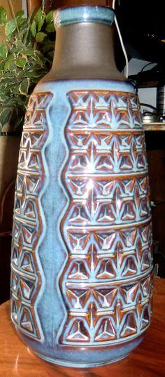 Danish. Danish, Water Bottle, Porcelain, Porcelain Ceramics, Danish Pastries, Water Bottles, Tableware