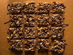 Dark Chocolate and Sea Salt Bars - These snack bars are so close to the original (Kind brand) that you might be able to fool some peop - Chocolate Roll, Chocolate Drizzle, Chocolate Desserts, Recipe Fo, 16 Bars, Kind Bars, Cheesy Sauce, Snack Bar, The Originals