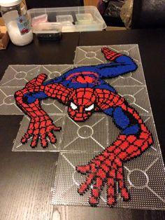 Spiderman hama perler beads by Malue Lindgreen