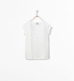 Imagem 1 de T-SHIRT COM ESTAMPADO RELEVO da Zara