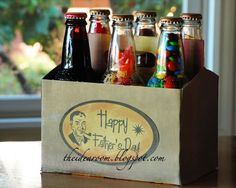 6-pack snacks for Dad - create your own homemade gift for dad with his favorite snacks in bottles and decorated box! Great for Xmas too!