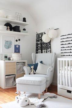 Simple IKEA Babyzimmer einrichten mit Wickeltisch HEMNES Truhenbank STUVA Beispielltisch KVISTBRO und Babybett STUVA