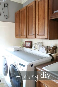 Some good ideas for laundry room redo. Room Redo, Storage Hacks Diy, Sweet Home, Home Remodeling, House, Home Decor, Room Makeover, Room, Laundry Room Makeover
